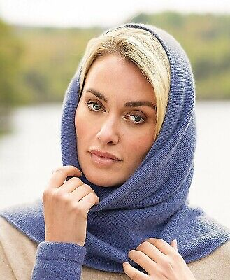 Pure Cashmere Knitted Snood • 39.95£