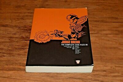 Judge Dredd : The Complete Case Files 06 Six 6 2000 AD Paperback Book PB  • 10.95£