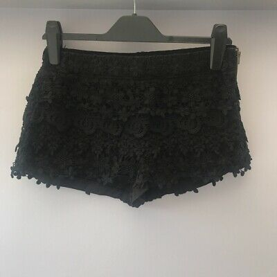 Zara Lace Black Shorts Size M • 6£
