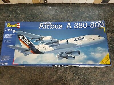 Revell 1/144 Passenger Plane Airbus A380-800 Great Condition All Sealed Parts • 27£