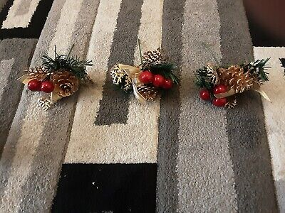 3 Christmas Decorations Pine Berry Conifer  • 6.50£