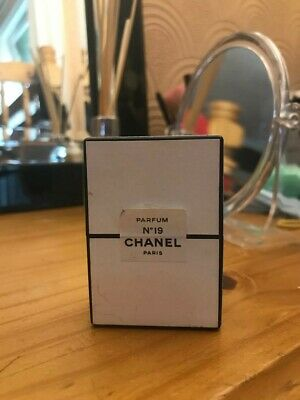 CHANEL.no 19  PURE PARFUM 7.5ml RARE COLLECTABLE ITEM • 85£