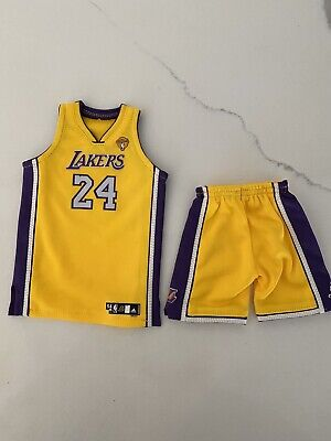 $65 • Buy Lakers Kobe Bryant 2010 Finals 1/6 Jersey Set For Enterbay