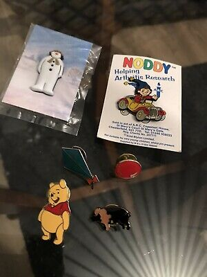 Job Lot Of Vintage Pin Badges Noddy Red Nose Winnie The Poo The Snowman Pig Kite • 4.99£