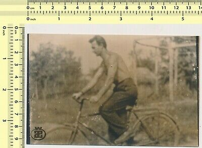 $ CDN29.04 • Buy 085 Shirtless Man Riding Bicycle Cycling Guy Abstract Film Error Vintage Photo