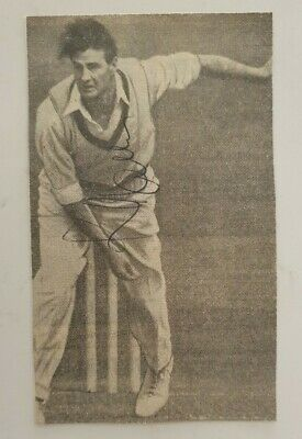 AU30 • Buy KEITH MILLER SIGNED 14 X 8 CMS APPROX NEWSPAPER PICTURE CRICKET INVINCIBLES