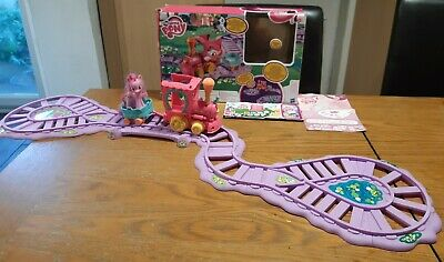 My Little Pony Pinkie Pie Battery Train & Carriage Plastic Track In Original Box • 15£