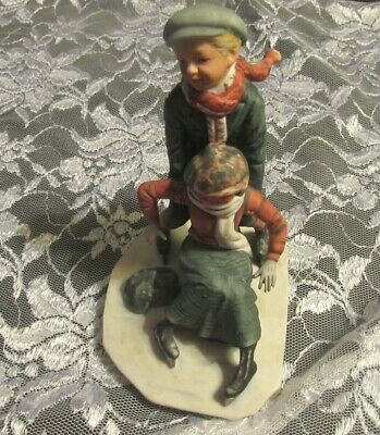 $ CDN17.76 • Buy VINTAGE NORMAN ROCKWELL SKATING Boy And Girl Porcelain 6  Figurines By Gorham