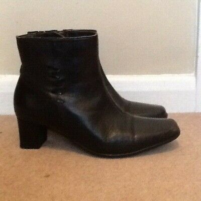 Paver's Women's Black Leather Ankle Boots Size 6 • 10£