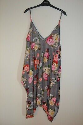 Be Jealous Floral Harem Jumpsuit Size 3XL • 5£