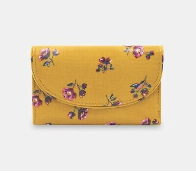 Woman  Folded Curved Wallet -cath Kidston • 9.99£