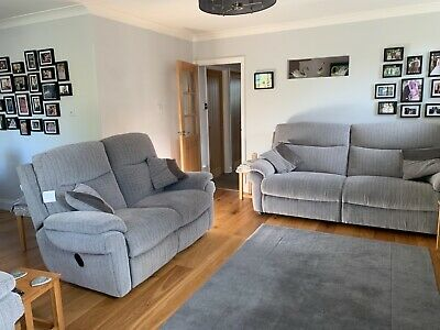 Nearly New 3piece Suit Grey Part Reclining , Electric Power Chair, • 202£