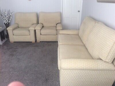 3 Piece Suite Used Good Condition • 100£