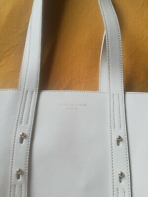 Aspinal Of London Essential Tote Bag White With Navy Interior  • 40£
