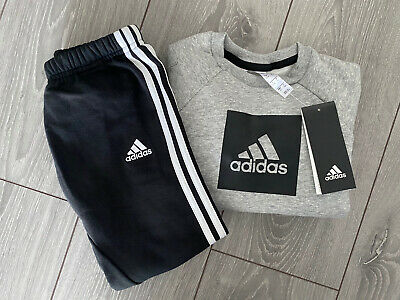Brand New (bnwt) Boys Adidas Fleece Tracksuit / Jogger Set - Size 3-4 Years • 25.25£