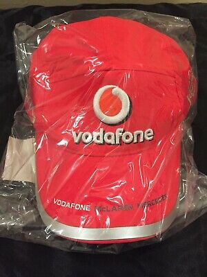 Jenson Button Signed 2010 Vodafone Mclaren Team Cap • 7£