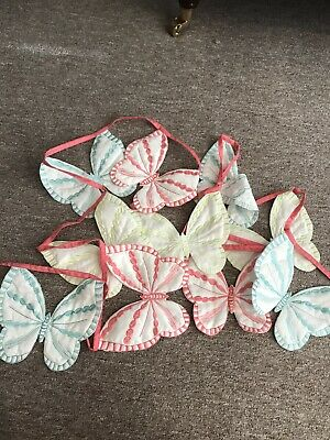 Butterfly Bunting • 3£