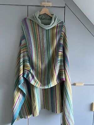 Gorgeous Cosy Lambswool Seasalt Poncho • 26.52£