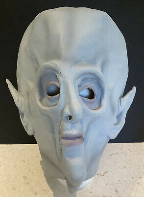 REDUCED Alien Adult Overhead Rubber Mask For HALLOWEEN -  FREE POSTAGE • 10.99£