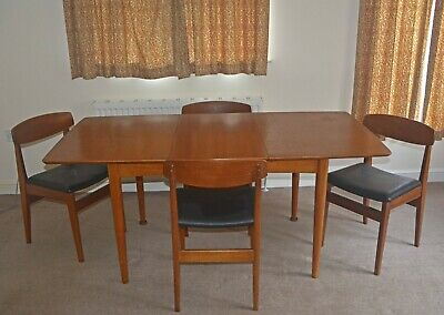 G Plan Dining Table And Chairs • 82£