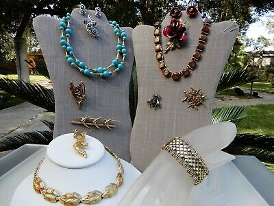 $ CDN15.79 • Buy All Signed CORO Vintage Lot Necklaces Bracelets Brooches Earrings Sets