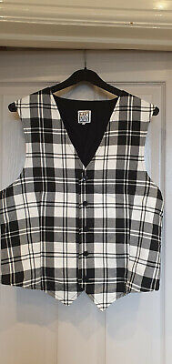 Black And White Check Noddy Holder Waist Coat And 3/4 Lengh Trousers 1970's -  • 8£