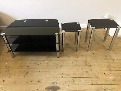 Glass Tv Stand And Two Matching Nest Of Tables • 50£