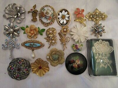 $ CDN20.72 • Buy Vintage Flower Brooch Lot Enamel Rhinestone Glass Signed Coro Joan Rivers Bsk