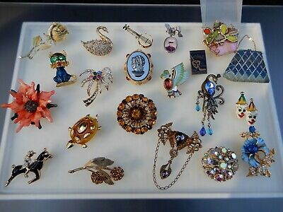 $ CDN20.72 • Buy Vintage Brooch Lot Rhinestone Enamel Signed Unsigned Gold Tone Polo Swan Guitar