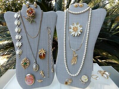 $ CDN42.50 • Buy ALL Signed Sarah Coventry Vintage Lot Necklaces Bracelets Brooches Earrings Ring