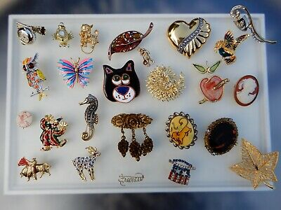 $ CDN9.36 • Buy Vintage Brooch Lot Rhinestone Enamel Signed Unsigned Gold Tone Bull Riding Owl