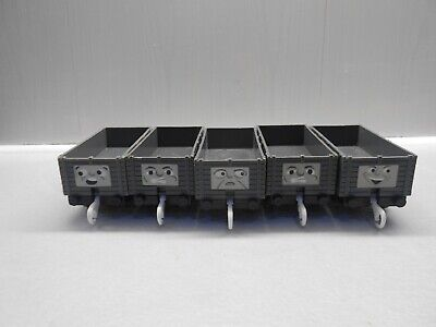 Tomy Trackmaster Thomas The Tank Engine Battery Train Set 5 Troublesome Trucks • 8.99£
