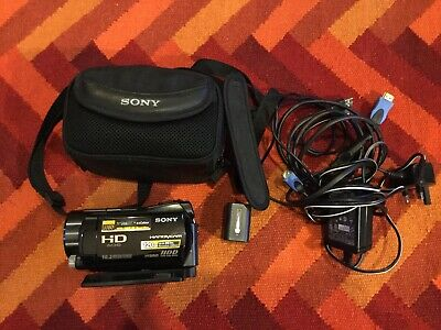Sony HDR-SR12 Camcorder Handycam. 10.2MP PAL, 120GB HD, 12xZoom Nightshot • 130£
