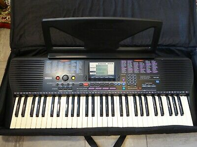 Yamaha Portatone PSR-220 Electronic Keyboard 61 Keys, With Case And Pedal. • 110£