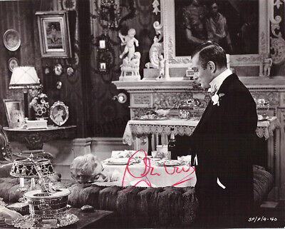 Olivier, Laurence - Signed Photograph In  The Prince & The Showgirl  • 130.78£
