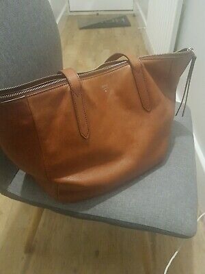 Tan Leather Fossil Bag • 12.50£