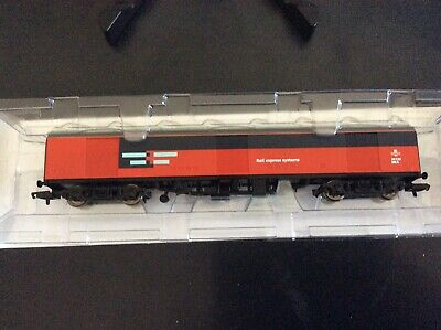 OO Gauge HORNBY NKA R6355. 'ROYAL MAIL GUV.' In  'RES' Livery (nr Mint,Boxed) • 13.50£
