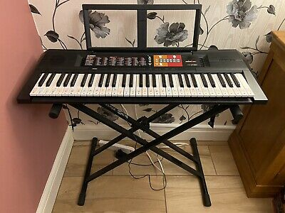 Yamaha PSR-F51 Electronic Keyboard With Stand And Stool • 13.80£