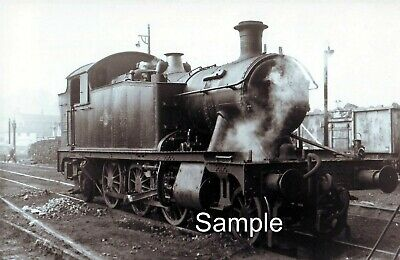YEOVIL TOWN RAILWAY SHED, SOMERSET. 1961 Loco; 5548 PHOTO 5½  X 3½  • 1.49£