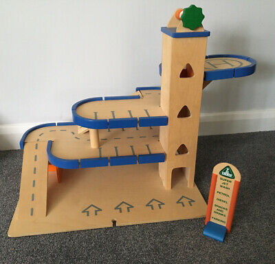 Garage Wooden Car Park With Lift Toy ELC COLLECTION ONLY FROM MAIDSTONE KENT • 19.99£