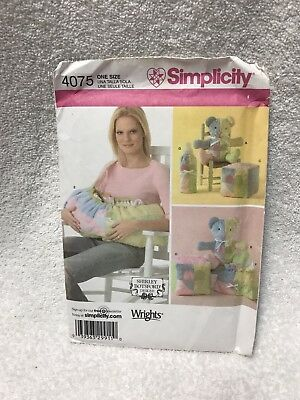 Simplicity Sewing Pattern 4075-Baby Accessories, Infant Carrier, Nursery Gifts • 7.95£