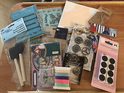 Assorted Card Making Items Bundle • 3.90£