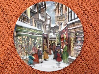 Royal Doulton Decorative Plates • 1.40£