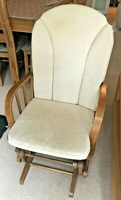 Glider Nursery Rocking Chair • 30£