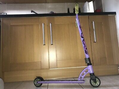 Mgp Stunt Scooter • 10£