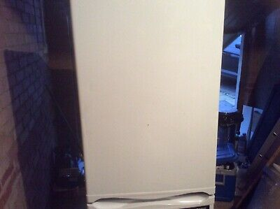 Hotpoint Fridge Freezer Used White Works But A Bit Dented • 10£