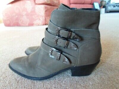Superdry, Khaki Suede, Womens Boots Size 7 • 9£