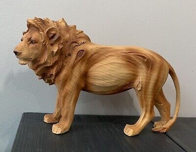 Wood Effect Lion Ornament Figurine Statue Collectible • 4.90£
