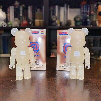 $23.99 • Buy 100% Bearbrick Series 40 - 2 Basic Be@rbrick By Medicom - R & B (Changes Color)