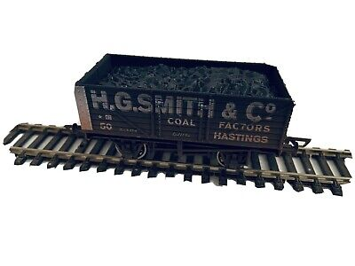 H G Smith & Co Coal Weathered - Simply Southern • 8£